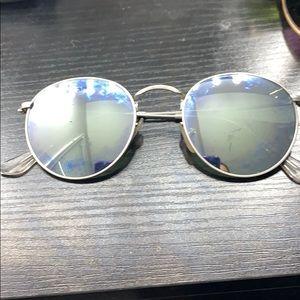 Silver raybans
